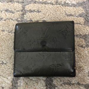 SALE🔥LV grey vernis wallet